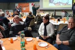 2018 14 Déc. 10° A. Parmi les tables Lulu et Jeannot avec Mmes_200915